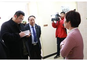 开封市尉氏县清洁供暖工作受到百姓赞誉新华社记者采访中